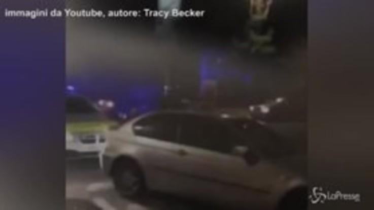 Londra violenta, con un calcio volante stende una poliziotta