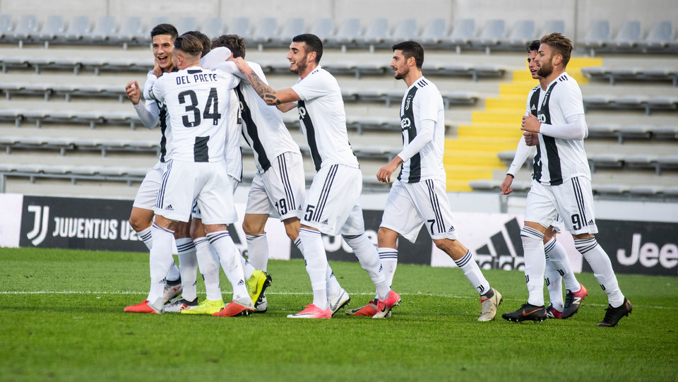 Juventus U23-Pontedera 1-2 - L'esultanza della Juve dopo il gol ©