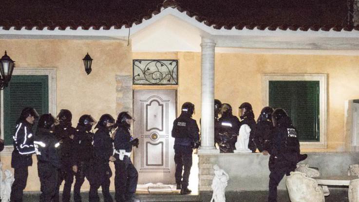 Sgomberate le ville dei Casamonica: l'operazione della polizia