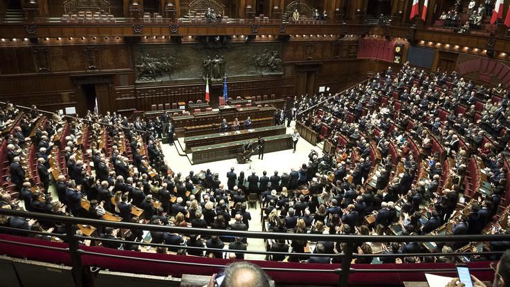 La cerimonia per i 100 anni dell'aula di Montecitorio: il discorso di Fico con Mattarella
