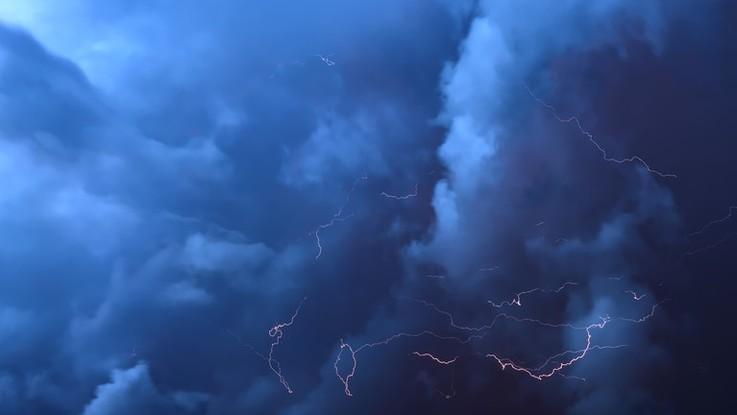 Nubi e piogge al Nord, più sereno al Sud: il meteo del 21 e 22 novembre