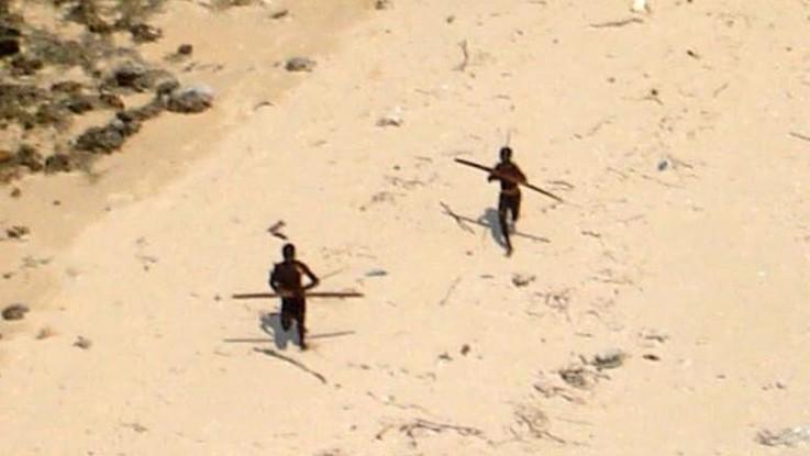 Isole Andamane, turista Usa ucciso con le frecce da una tribù che rifiuta ogni contatto con la civiltà