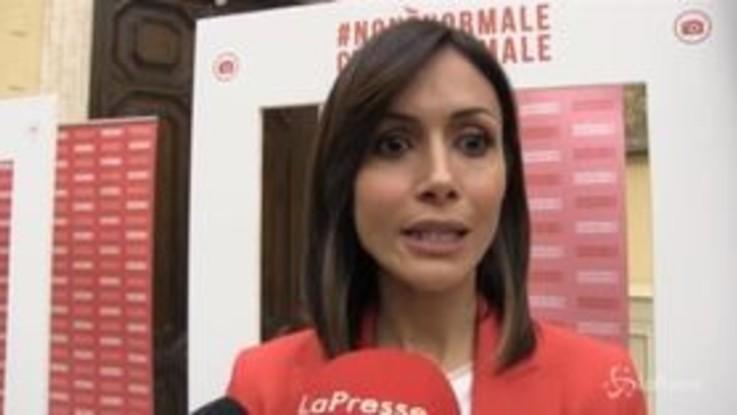 """Campagna contro la violenza sulle donne, Carfagna: """"Cambiare la testa delle persone"""""""