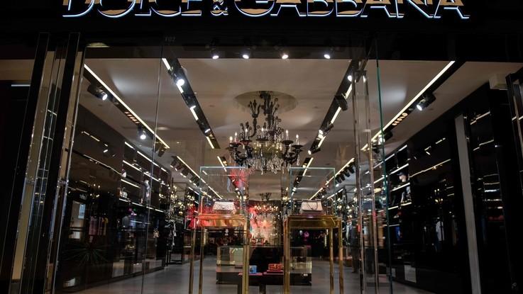 Dolce&Gabbana cancellati dai siti di e-commerce cinesi