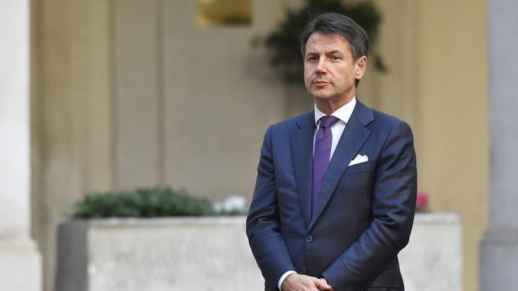 """Manovra bocciata, Conte rassicura l'Ue: """"Nessuna ribellione, ridurremo il debito"""""""