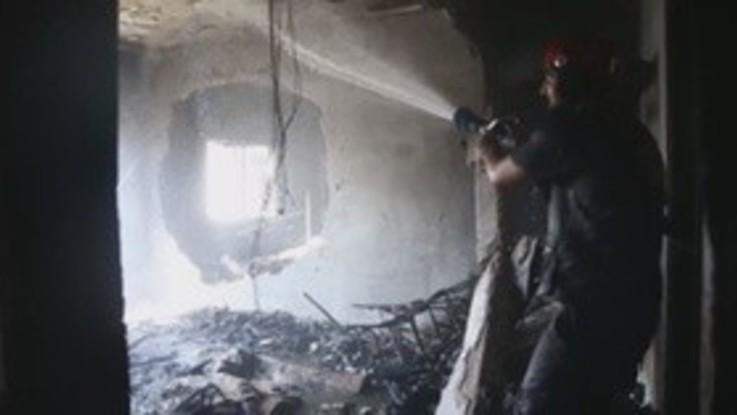 Siria, almeno un morto dopo un'offensiva del regime di Damasco su Douma e Mesraba