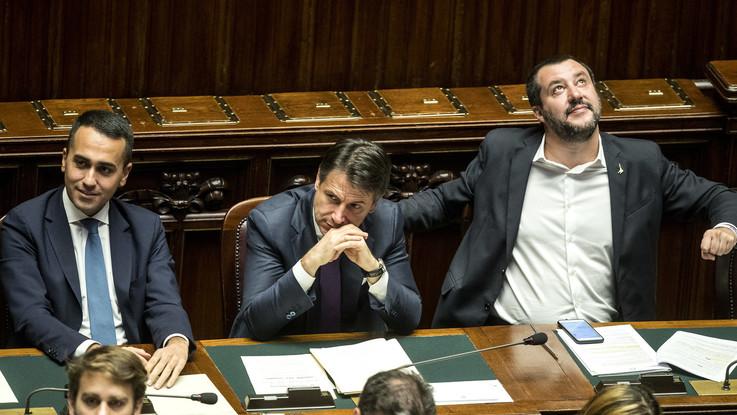 """Governo, Becchi: """"Avanti fino a Europee, via gli incompetenti da M5S"""""""