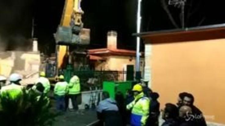 Casamonica, demolita anche la villa del boss Guerino