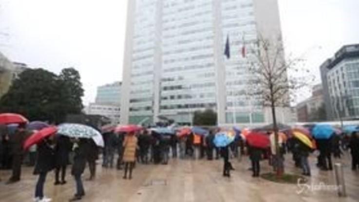 Milano, evacuato il Pirellone: ma era solo un'esercitazione