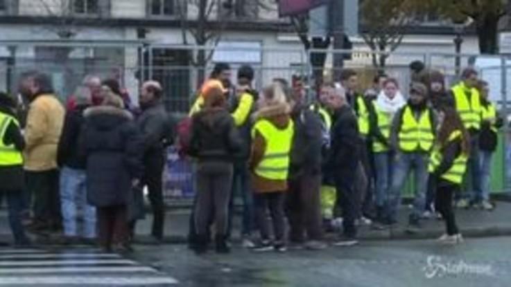 Francia: gilet gialli, Parigi si prepara a una nuova giornata di proteste