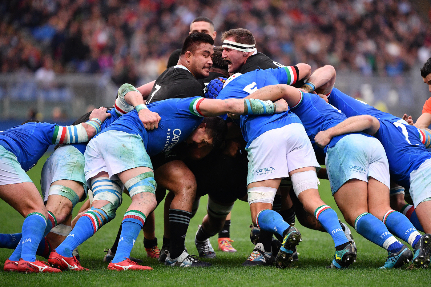 Rugby, Italia travolta dagli All Blacks nel test match: 3-66 per la Nuova Zelanda