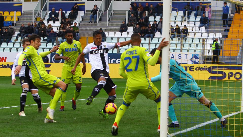 Bruno Alves realizza il gol del 2-0 ©