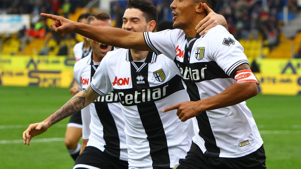 L'esultanza di Bruno Alves dopo il gol ©