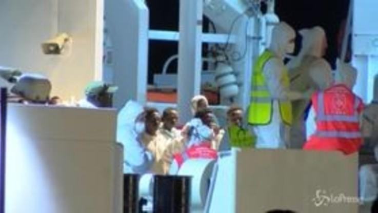 Migranti: 236 extracomunitari sbarcati a Pozzallo