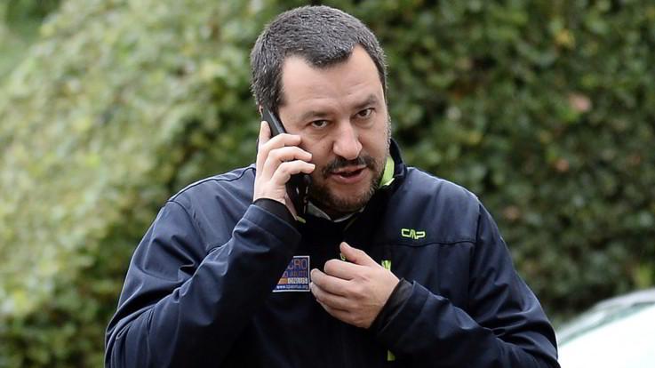 Dl sicurezza, pressing di Salvini sul testo: protestano associazioni e sindacati