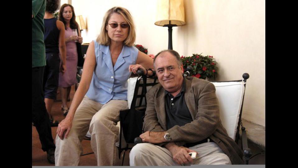 Il regista con la moglie Claire People (2003) ©