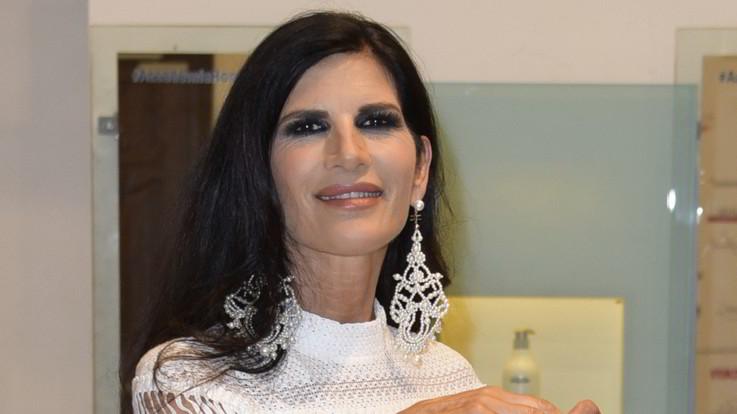 """Pamela Prati: """"A 60 anni ho trovato l'amore e sono diventata mamma"""""""