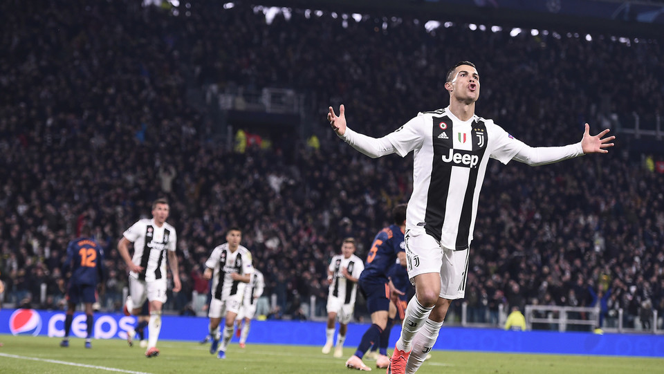Cristiano Ronaldo esulta dopo il gol di Mandzukic ©