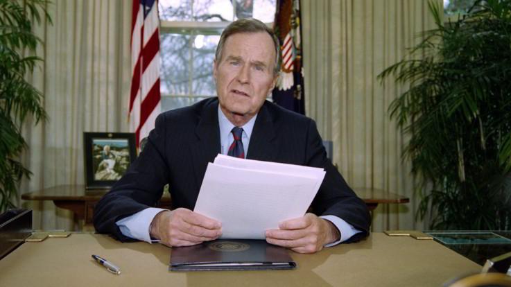 Bush, la vita del 41° presidente Usa in dieci date chiave