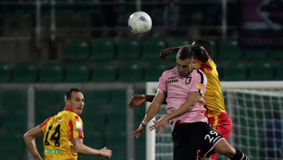 Palermo-Benevento 0-0. Puscas e Billong ©