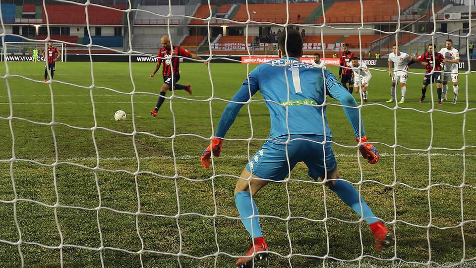 Cosenza-Padova 2-1. Nella ripresa il pareggio di Baclet ©