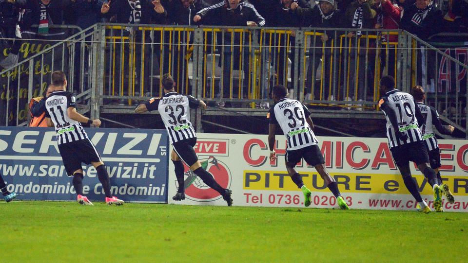 Ascoli-Spezia 3-1. Ardemagni esulta ©