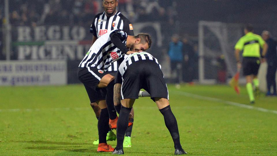 Ascoli-Spezia 3-1. Cavion raddoppia ©
