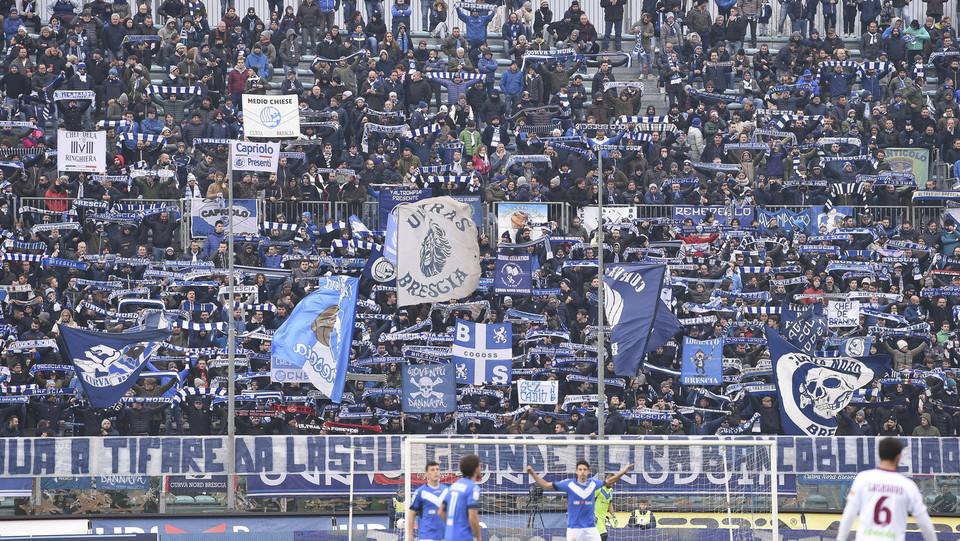 Brescia-Livorno 2-0. I tifosi di casa ©