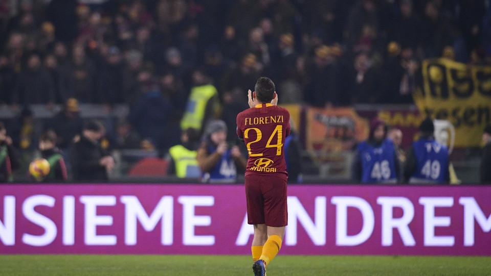 Florenzi applaude il suo pubblico al fischio finale ©