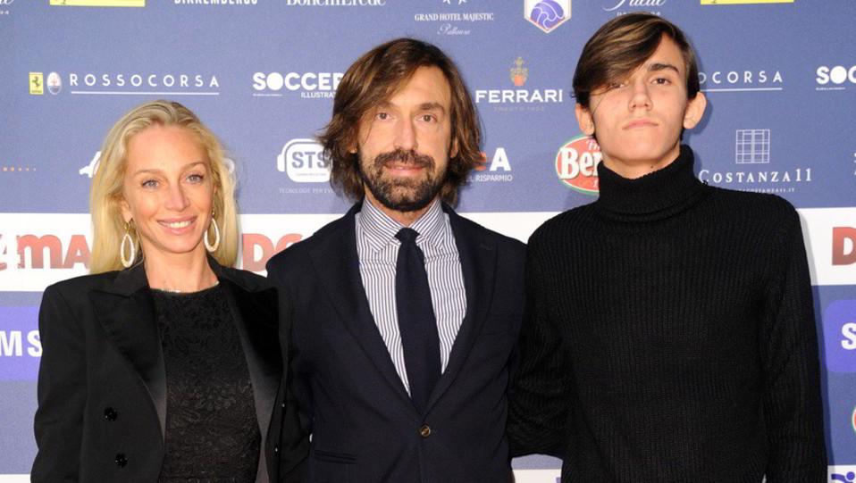 Andrea Pirlo e famiglia ©