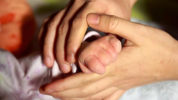 Il miracolo della vita: nasce la prima bimba da un trapianto di utero da donatrice morta