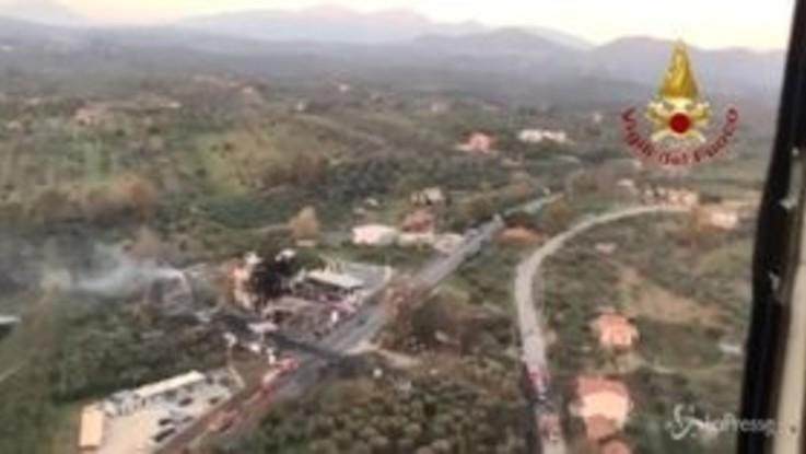 Esplosione Rieti, le immagini dall'alto dei vigili del fuoco