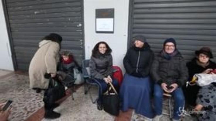 Milano, attesa davanti alla Scala per la prima