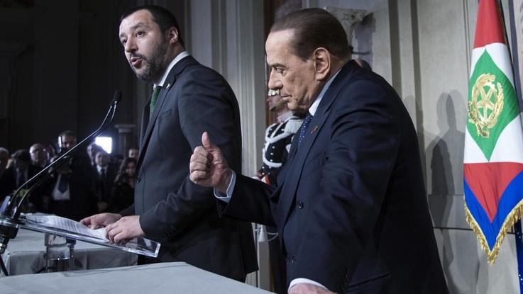 Governo agli sgoccioli, Berlusconi pronto a chiedere a Salvini di staccare spina