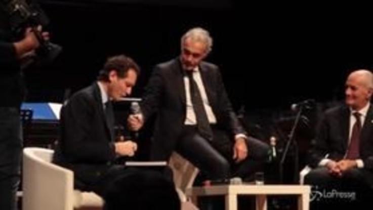 """""""Polizia e Motori"""", il libro presentato da John Elkann e Franco Gabrielli al Lingotto di Torino"""
