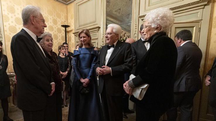 Abiti di lusso e gioielli: tutti i look della prima della Scala a Milano