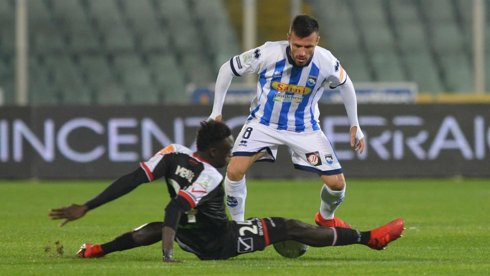 Pescara-Carpi 2-0. Memushaj in azione ©
