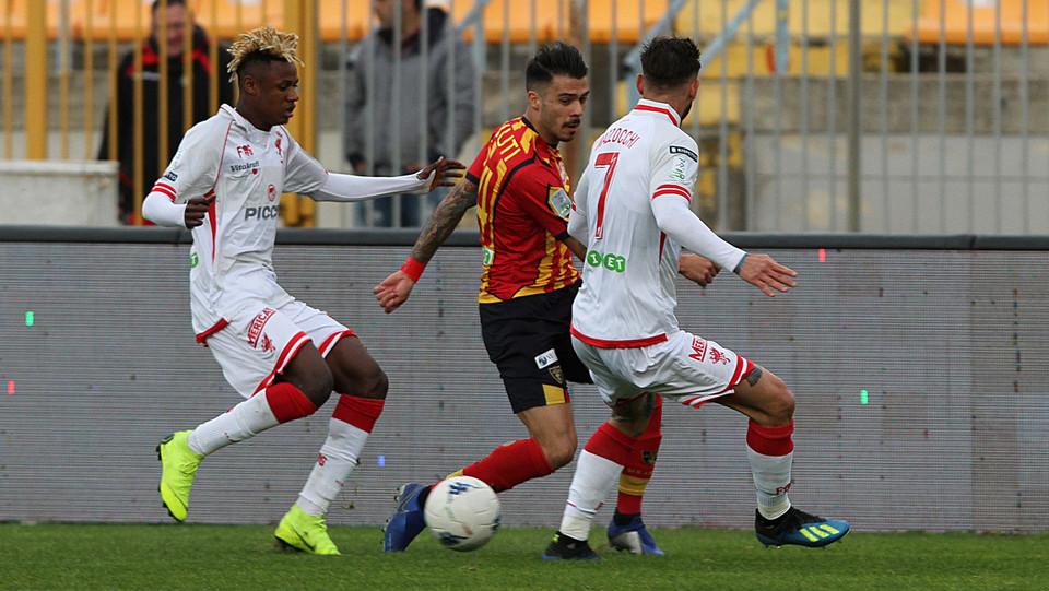 Lecce-Perugia 0-0. Mazzocchi e Venuti ©