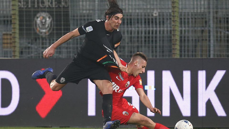 Venezia-Ascoli 1-0. Bentivoglio contro Frattesi ©