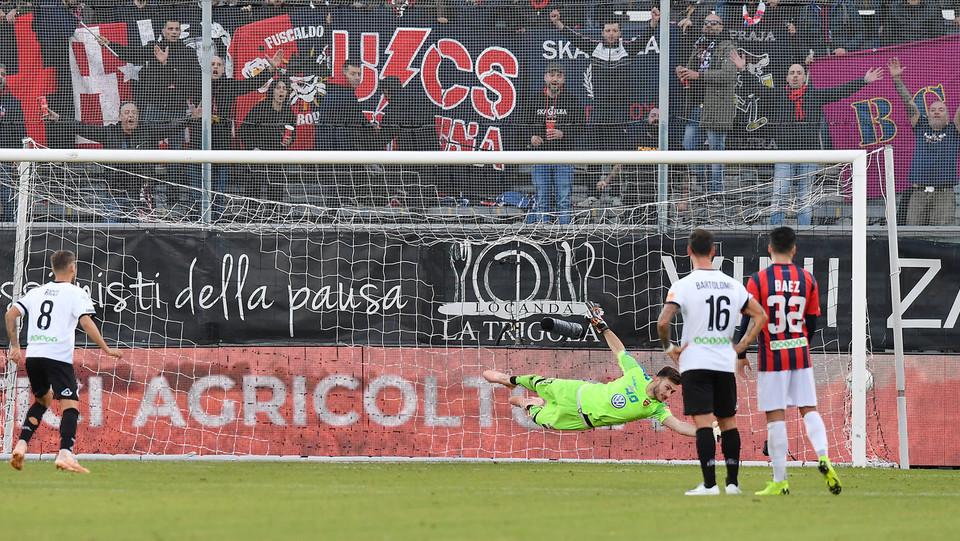Spezia-Cosenza 4-0. Il rigore di Ricci ©