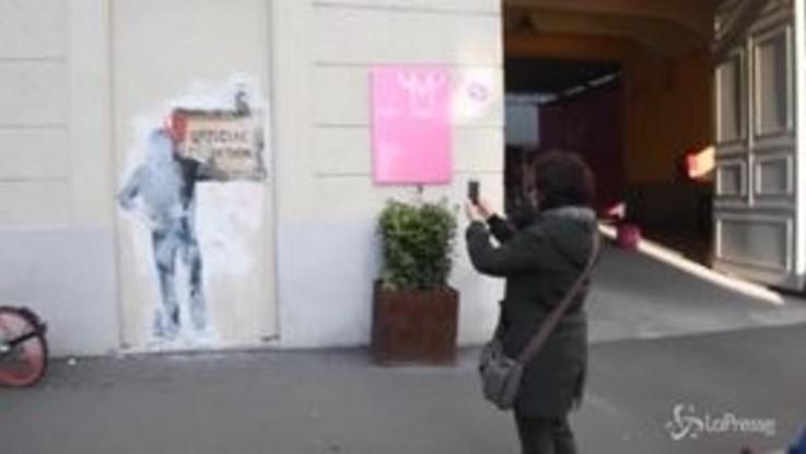Milano, comparsi due murales di Tvboy vicino al Mudec