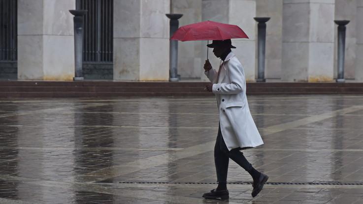 Torna la pioggia e scende la temperatura: il meteo del 10 e 11 dicembre