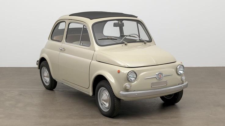 Fca, la Fiat 500 tra le opere d'arte del Moma di New York