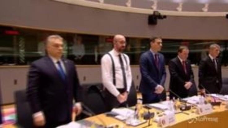 Bruxelles, da Merkel a Macron: un minuto di silenzio per le vittime di Strasburgo