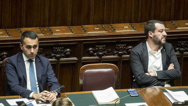 """Salvini-Di Maio separati in casa. La base chiama i leader: """"Non si va avanti così"""""""