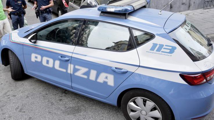 Palermo, uccide il marito a coltellate nel sonno