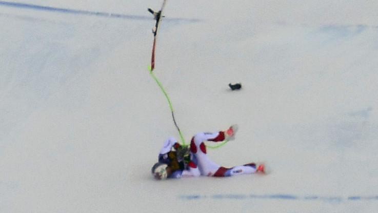 Sci, brutta caduta per lo svizzero Gisin nella libera di Val Gardena