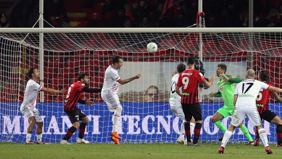 Foggia-Cremonese 3-1. Mogos pareggia ©