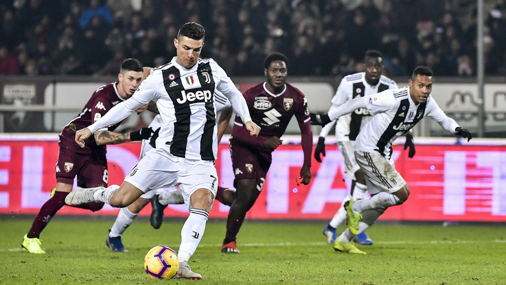 Torino-Juventus 0-1, le pagelle: CR7 glaciale, muro Toro in difesa. Harakiri Zaza