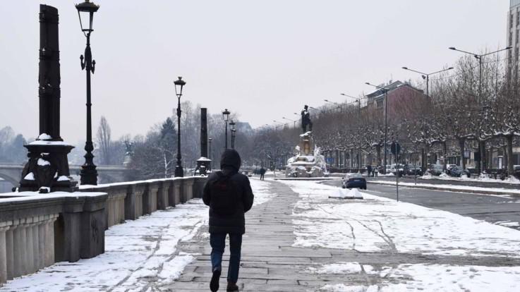 Meteo, temperature giù in tutta Italia, sulla Pianura Padana arriva la neve